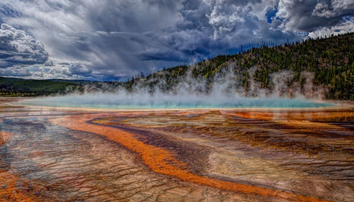 2Questions-016649 (Yellowstone National Park, usa)