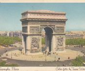 2Questions-025160 (Postcard Paris, France)