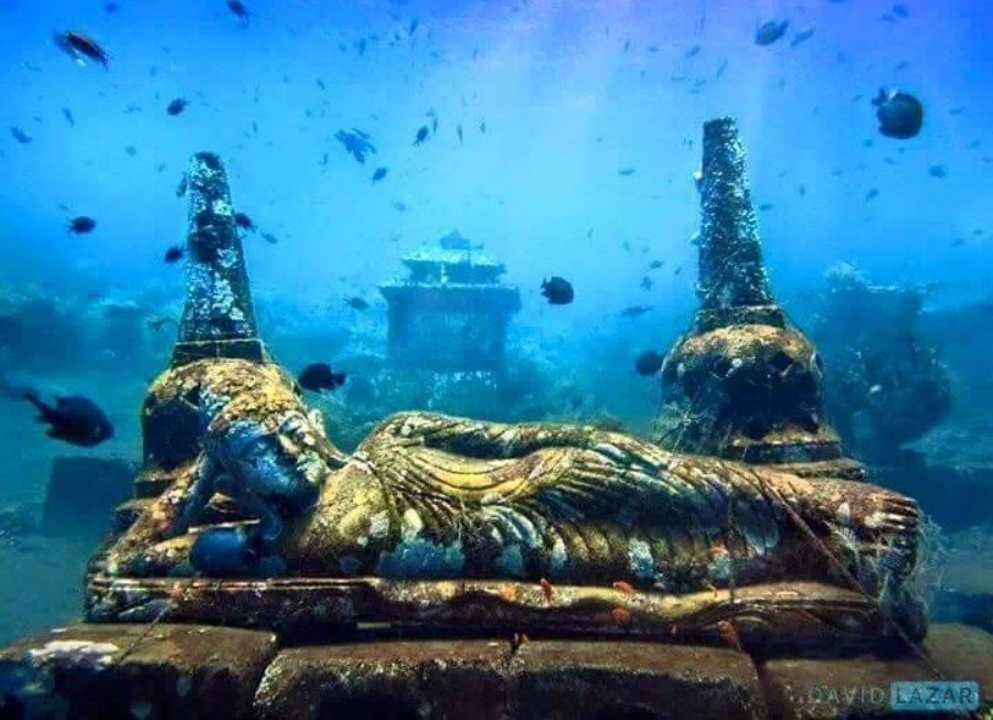 2Questions-016528 (5000+ years old underwater Hindu Temple at Bali-Ind