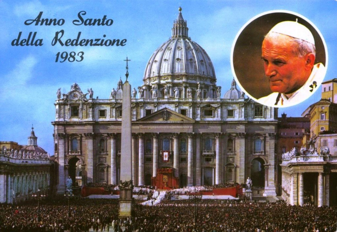 2Questions-029942 (Vatican City Postcards)