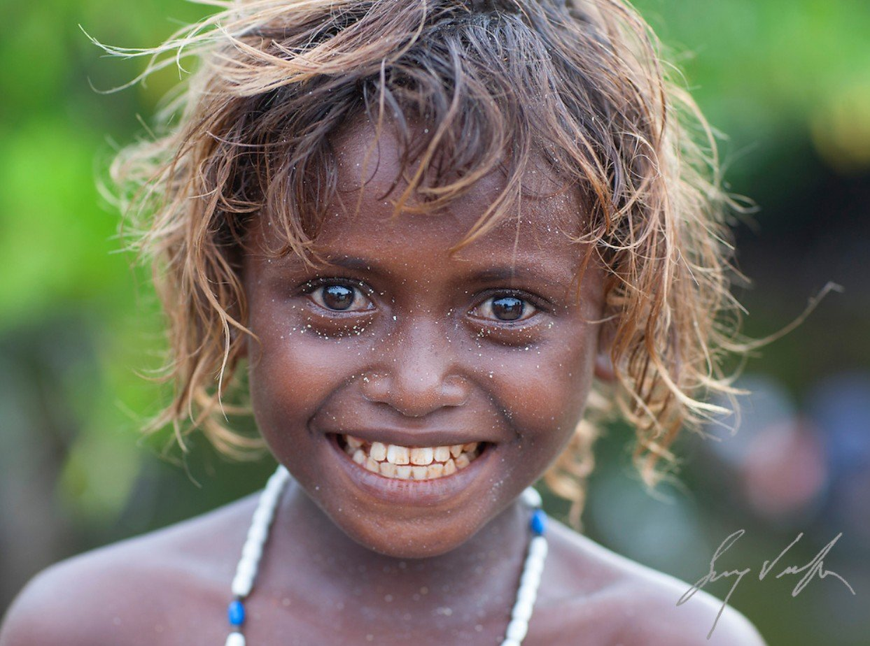 2Questions-029186-Solomon-Islands-People