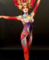2Questions-034973-People-Bodypainting