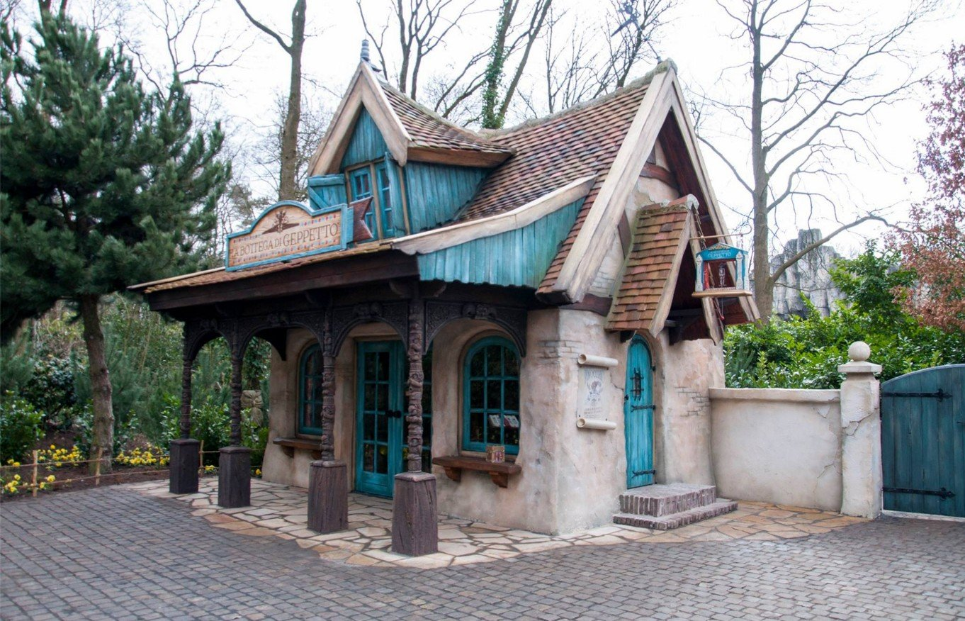 2Questions-036021-People-Efteling