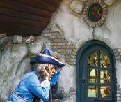2Questions-036100-People-Efteling